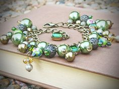 Lovely Clusters - Beautiful Handmade + Vintage: Jewelry