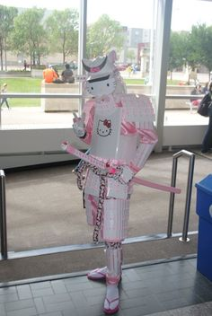 Hello Kitty Samurai - Magical memes and gifs that only a true geek could appreciate and laugh at. Gun Aesthetic, Aesthetic Japan, Hello Kitty Gun, Sanrio Characters, Best Cosplay, Mood Pics, Character Design, Geek Stuff, Fan Art