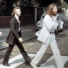 Today in 2005, the white suit worn by John Lennon on the cover of Abbey Road sold for $118K at an auction in Las Vegas