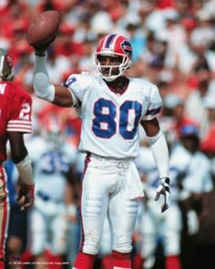 James Lofton After leaving the Raiders in 1989 he joined the the Buffalo Bills and stayed with them until He played in 3 Super Bowls and went to 1 Pro Bowl as a Bill. He finished with 110 catches, 2736 yards, a yards-per-catch average and 21 touchdowns. Nfl Football Players, Raiders Football, Notre Dame Football, Football Memes, Alabama Football, Jordan Poyer, Buffalo Bills Football, Nfl History, Oregon Ducks Football