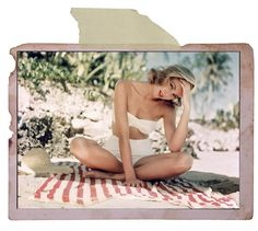 A great shot of Grace Kelly that makes us think of hot summer days and gorgeous pool side outfits!
