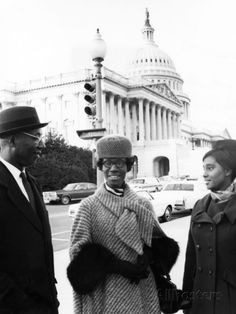 Photographic Print: Shirley Chisholm, Wesley Holder, - 1969 Poster by Maurice Sorrell : Shirley Chisholm, Capitol Building, African American History, Find Art, Framed Artwork, Pure Products, Glass Ceiling, Poster, Den