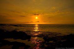 We are so close together yet so far apart... #Hawaii #sunset #hilife #ywam #ywamkonacontest #ywamkona  #kuabay #canon7d #beautifulcolors #canon_photos #awesomeearth #hopeyouseethis by jonnys_photography http://bit.ly/dtskyiv #ywamkyiv #ywam #mission #missiontrip #outreach