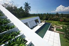 Tucked away in a scenic mountainside and offering jaw-dropping views over the neighboring island of Koh Phangan, Aqualina Holiday Villa is an amazing Krabi Villa, Koh Samui, Samui Thailand, Fish House, White Building, Architectural Features, Beautiful Architecture, Modern Architecture, Sustainable Architecture