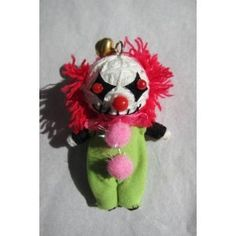Pennywise the clown String doll Voodoo doll Diy Yarn Dolls, Diy Doll, Halloween Doll, Halloween Crafts, Halloween Stuff, Halloween Ideas, Creepy Clown, Creepy Dolls, Diy Voodoo Doll Keychain