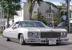 Chevy, Chevrolet, Cholo Style, Caprice Classic, 70s Cars, Hip Hop Art, Glass House, Kustom, Amazing Cars