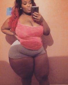 Resultado de imagem para Black Women Big Hips and Thighs Big Hips And Thighs, Hips And Curves, Curvy Hips, Big Girl Fashion, Curvy Fashion, Beautiful Black Women, Big And Beautiful, Full Figured Women, Chubby Ladies