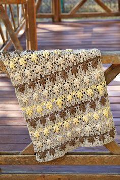 Hemos usado el hilo de algodón mate Natura XL porque se trabaja muy rápido, es muy suave y hay una gama de 38 colores a elegir!