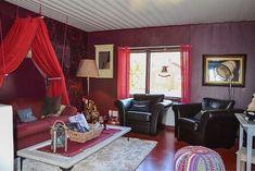 Bild: 3 rum villa på Fiskarvägen 23, Haparanda kommun Seskarö Rum, Villa, Curtains, Home Decor, Blinds, Decoration Home, Room Decor, Rome, Draping