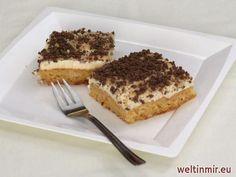 Leckerer einfacher Blechkuchen aus  dem Ananasteig und der Sahnecreme.