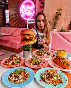 Genesis, the newest vegan restaurant in London, serves up a completely plant-based, GMO-free and organic menu. The new restaurant, now . Organic Restaurant, Restaurant Design, Vegan London, Vegan Restaurants, Fake Food, Places To Eat, Pastel Pink, Street Food, Real Food Recipes