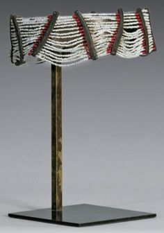 Africa | Headband worn by the married Shi women of DR Congo | Wire, glass beads and leather | 1 500 € ~ sold