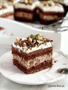 Ciasto Michałek Polish Desserts, Polish Recipes, No Bake Desserts, Delicious Desserts, Sweet Recipes, Cake Recipes, Birthday Desserts, Sweet Pie, Cupcakes