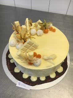 TORTEN LUST: {Rezept} Pfirsich-Buttercreme-Torte mit weißem Ganache-Drip