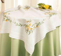 Sarı çiçekli masa örtüsü (nakış)