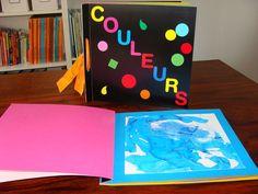 livre des couleurs à faire par l'enfant avec différentes techniques de peinture, collage ...