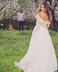 I  YOU. Marta & Carlos #wedding was last month. #vintage #vestidodenoiva #wedding #weddingdress #flowers #vestidosdenovia #guitar #bouquet #blogger #dress #novias #boda #bodasdiferentes #vintagestyle #freedom #cherry #sakura #vestidodecasamento #extremadura #dehesa