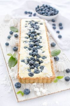 Kuchen Rezepte: Dänische Zitronentarte mit Blaubeeren. einfaches Rezept von herzelieb