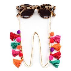 Sunnycords® are modern eyewear chains for your sunglasses. The Sunnycord® are fashionable glasses cords for holding any kind of eyewear. Initially designed to never lose you glasses or reading glasses again. Shop your sunglass chain now online! Diy Glasses, Glasses Shop, Festival Sunglasses, Boho, Eyeglass Holder, Tassel Jewelry, Eyewear, Creations, Handmade Jewelry