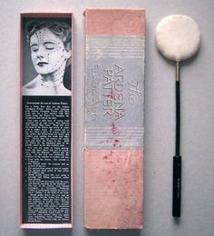 An early Ardena Patter with box and instructions. Note the patter is to be used upward and outwards. Vintage Makeup, Vintage Vanity, Vintage Beauty, Makeup Products, Beauty Products, Make Up Tricks, Gibson Girl, Soap Bubbles, Jazz Age