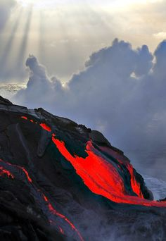 volcano and clouds and lava. All Nature, Science And Nature, Amazing Nature, Tornados, Fuerza Natural, Cool Pictures, Beautiful Pictures, Lava Flow, Natural Phenomena
