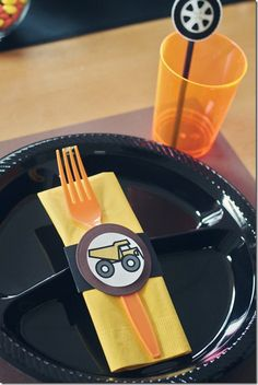 Construction Birthday : Plate, fork, napkin & cup