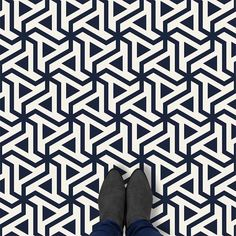 Patterned Vinyl Flooring – 9 New Styles To Shake The Floor Under Your Feet
