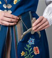 Norway National Day, Folk Costume, Costumes, Folk Clothing, Going Out Of Business, Traditional Outfits, Bucket Bag, Embroidery, Clothes
