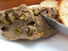 Chicken Liver Paté With Port Wine and Pistachios. Photo by Owned Pate Recipes, Liver Recipes, Chicken Liver Pate, Chicken Livers, Appetizer Recipes, Snack Recipes, Snacks, Appetizers, Good Food