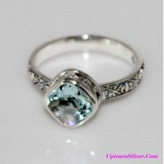 Silpada Artisan Jewelry Frozen Lake Ice Blue Glass Size 9 Etched 925 Sterling Silver Thin Ring