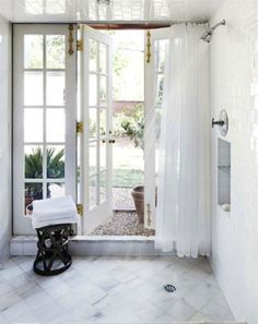 Cabana shower, doors, natural light, towels, garden #homedecor #interiordesign