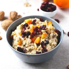 Gachas de quinoa - Esta vez he preparado mis gachas de avena con quinoa y ha salido este desayuno de quinoa tan rico, apto para celíacos y personas que no pueden tomar avena.