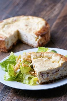 Savory cheesecake made with Beemster Premium Dutch Cheese Gouda and bacon. Bacon Cheesecake, Cheesecake Recipes, Savoury Cake, Savoury Dishes, Quiche, Savory Tart, Appetizer Recipes, Appetizers, Gouda