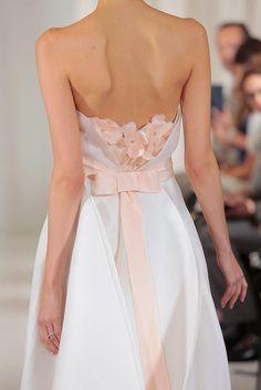 Wedding Dress Trends 2016: Angel Sanchez Bridal 2016