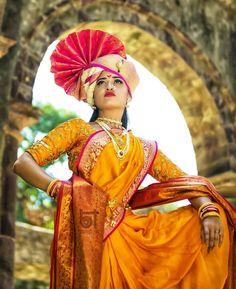 Beautiful Girl Indian, Beautiful Girl Image, Most Beautiful Indian Actress, Indian Wedding Couple Photography, Indian Wedding Bride, Fashion Photography Poses, Street Photography, Photography Ideas, Indian Look