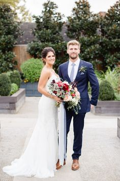 29 ideas navy blue wedding suit mens fashion for 2019 Mens Wedding Suits Navy, Blue Suit Wedding, Wedding Attire, Blue Groomsmen Suits, Groom And Groomsmen Style, Mens Wedding Hairstyles, Wedding Dreams, Dream Wedding, Business Casual