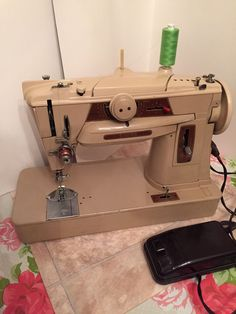 singer 401 slant o matic sewing machine working Embroidery