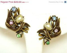 #Vintage #Jewellery Coro Rhinestone Earrings - Pastels and Simulated Barogue Pearl Clip #jewelry