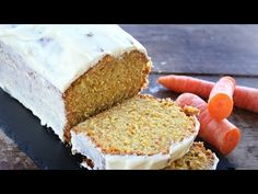 fluffy carrot cake with cream cheese No Cook Desserts, Dessert Recipes, Cake With Cream Cheese, Light Recipes, Carrot Cake, Cupcake Cakes, Cupcakes, Vanilla Cake, Sweet Recipes