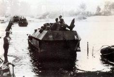 1942, Soviet Union, Des Schutzenpanzerwagen Sd.Kfz.251 / 1 of the Panzergruppe Kleist cross a ford