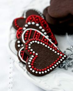 heart shaped christmas cookies