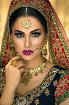 Red Asian Bridal Makeup Tutorial 2017 - Gorgeous Glittery Eyes with Red Lips- Indian Wedding Makeup Indian Bridal Makeup, Asian Bridal, Wedding Makeup, Kreative Portraits, Braut Make-up, Indian Dresses, Indian Jewelry, Pakistani Jewelry, Indian Beauty