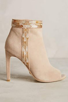 #anthtofave #booties #touchofgold ~ETS
