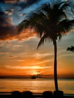 Sunset in Negril, Jamaica @LunaSeaInn in #Bluefields #Jamaica a short drive to #Negril