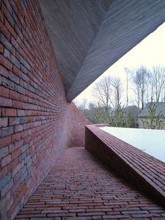 House S by LensAss architecten