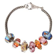 It's lovely and sunny here in Cromer today and our shop is just 100 meters from the beach so we have a lovely summer inspired bracelet for you. #trollbeadsuk #trollbeads #beach #beachball #bracelet #coral #cromer #seaside