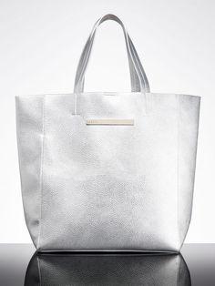 Modne torebki z sieciówek na wiosnę 2015, Mohito 129,99 zł