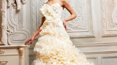This has to be one of the most beautiful dresses that I have seen!