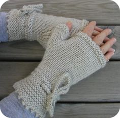 Knitting pattern for Piano Gloves fingerless mitts with channel island cast-on