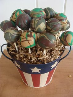 camouflage birthday party ideas for boys | camo Camo Cake Pops http://flaary.com/
